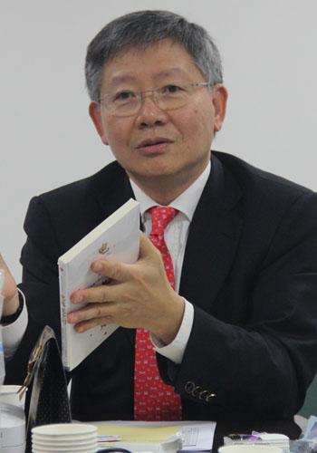 资深广告人、互动通控股集团总裁邓广梼
